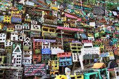Project Morrinho Childhood Games, The Neighbourhood, Projects, Rio De Janeiro, Peace, Log Projects, Infant Games, The Neighborhood