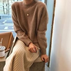 Loungewear: homewear from which you do not want to get out - antonina - - Loungewear: домашняя одежда, из которой не хочется вылезать Loungewear: homewear from which you do not want to get out – Woman & Delice - Modest Fashion, Fashion Outfits, Womens Fashion, Fashion Tips, Feminine Fashion, Skirt Fashion, Woman Outfits, Fashion Websites, Fashion Clothes