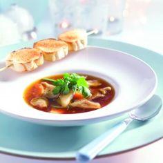 Heldere soep met oesterzwammen