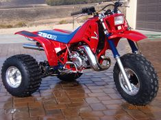 #Honda #ATC250R. How pretty is that?!