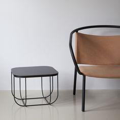 Fuwl Cage Table fra Menu er et smukt bord, med plads til opbevaring. Bordet er designet af Form Us With Love.