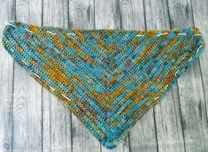 """""""Starry Night"""" Blouse ByKaterina - ByKaterina Crochet patterns Perfect for beginners. if you made a triangle scarf before you have to try this. Crochet Jumper, Crochet Headband Pattern, Crochet Cardigan, Crochet Lace, Crochet Hooks, Crochet Triangle, Triangle Scarf, Triangle Top, Crochet Stitches Patterns"""