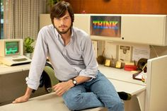 Ashton Kutcher dans le biopic consacré à Steve Jobs - Via Le HuffPost France