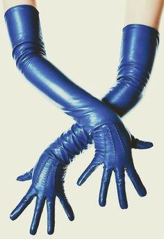 Electric Blue Leather Opera Gloves by LesDebutantes on Etsy … Sheep Leather, Leather Gloves, Bleu Royal, Royal Blue, Caroline Reboux, Style Bleu, Azul Real, Gloves Fashion, Wedding Gloves