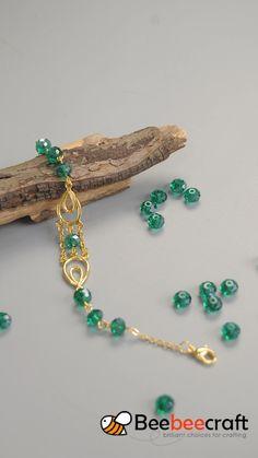 Tutorials on making with green - Schmuck herstellen Bead Jewellery, Jewelry Making Beads, Bracelet Making, Wire Jewelry, Jewelry Bracelets, Garnet Bracelet, Pearl Bracelet, Glass Jewelry, Pearl Jewelry