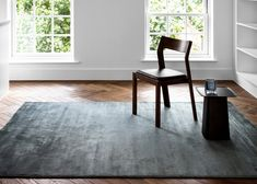 Founded in 1980 Linie Design's rugs are designed by acknowledged Scandinavian designers and handmade by Indian master artisans who have perfected their skills through generations.Produced from luxurious thick wool this tufted rug features a shallow flu Sustainable Design, Rugs Online, Modern Rugs, Scandinavian Design, Colours, Living Room, Interior Design, Inspiration, Rug Ideas