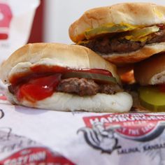 The 33 best burgers in the country Salina Ks, Cozy Inn, The 33, Hamburger Recipes, Good Burger, Huckleberry, Places To Eat, Road Trip, Restaurant