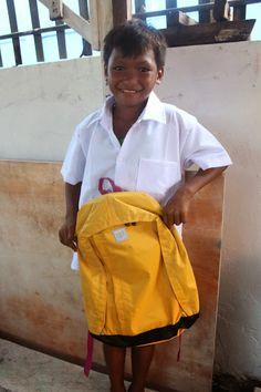 HHC 2014 Slums, School Supplies, Children, Bags, Fashion, School Stuff, Young Children, Handbags, Moda