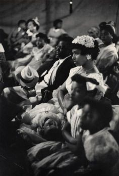 Henri Cartier-Bresson - Easter Sunday, Harlem, New York 1947.