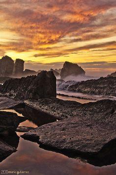 Rocky sunset - Cantabria, Spain