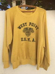Vintage 60s WEST POINT USMA Crewneck SWEATSHIRT Army Navy Large Fit | eBay Vintage Coat, Vintage Denim, Tumblr Hoodies, Swag Outfits, Cute Outfits, Sweatshirts Vintage, Camouflage Jacket, Army & Navy, Hippie Dresses