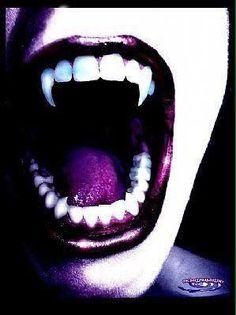 Kedves Pinterest-es Barátaim/Követőim! Vámpír fogak!Ti hogyan is vagytok vele véleményileg!?