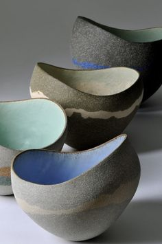 Bowls by Kerry Hastings Ceramics. International ceramic artist Kerry Hastings makes ceramic vessels which explore themes such as harmony and discord, colour and form, silhouette and contour. Pottery Bowls, Ceramic Pottery, Pottery Art, Slab Pottery, Thrown Pottery, Pottery Studio, Mccarty Pottery, Pottery Wheel, Ceramic Clay