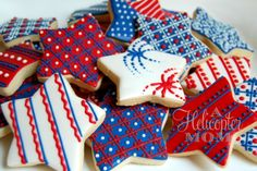 Great cookies for feeling Patriotic! of July Cookies - Gorgeous! For my of July party! Summer Cookies, Fancy Cookies, Iced Cookies, Cute Cookies, Royal Icing Cookies, Holiday Cookies, Cupcake Cookies, Holiday Treats, Star Cookies