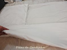 Aprenda um jeito simples e prático de dobrar e guardar a roupa de cama
