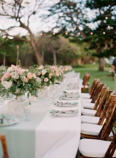 Mint and peach table: http://www.stylemepretty.com/destination-weddings/2015/02/10/romantic-alfresco-maui-wedding/ | Photography: Gina Meola - http://ginameola.com/