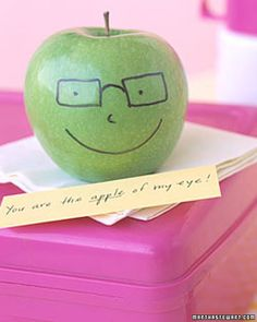 funny face fruit and note