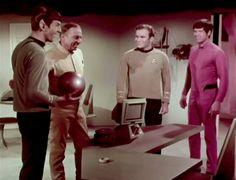 """Star Trek TOS: """"Devil In the Dark"""". Blooper in progress?"""