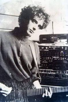 ♥ Soda Stereo, John Taylor, Perfect Love, My Love, Dean Martin, Foto Art, Daddy Issues, Film Music Books, In A Heartbeat