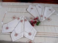 Set of linen embroidered tablecloth & 6 napkins Marsala,hand embroidery, Large linen tablecloth,orga Marsala, Lino Natural, Natural Linen, Linen Tablecloth, Tablecloths, Handmade Table, Fancy, Silk Thread, Table Covers