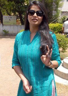 Mumbai Female Escorts - http://www.rubishaikh.in/  #MumbaiEscorts