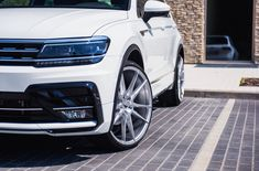 Take a look at the White VW Tiguan Showing Off Silver JR Wheels photos and go back to customizing your vehicle with renewed passion. Volkswagen Tiguan, Volkswagen Golf Mk1, Tiguan R Line, Military Discounts, Black Edition, Truck Accessories, Super Cars, Jr, Photos
