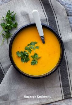 My Favorite Food, Favorite Recipes, Coconut Milk Soup, Calzone, Thai Red Curry, Soup Recipes, Menu, Pumpkin, Dinner