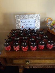 Ladybug party favors (candy jars with painted lid) First Birthday Parties, Birthday Party Themes, 2nd Birthday, Frozen Birthday, Birthday Ideas, Ladybug 1st Birthdays, First Birthdays, Miraculous Ladybug Party, Baby Ladybug