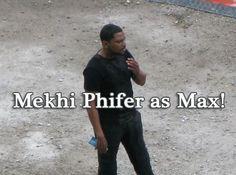 Mekhi Phifer on the Abnegation set of Divergent