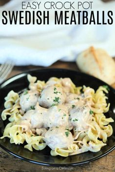 Slow Cooker Swedish Meatballs comes together easily for a great dinner idea. Toss this together and come home to delicious meatballs ready to enjoy. Slow Cooker Swedish Meatball Recipe, Swedish Meatballs Crockpot, Chicken Meatball Recipes, Tasty Meatballs, Crock Pot Meatballs, Beef Recipes, Easy Recipes, Healthy Recipes, Cheese Burger Soup Recipes
