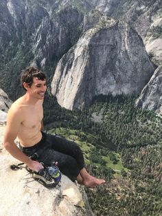 Picture of Alex Honnold on the summit of El Capitan after free climbing it in Yosemite National Park, California