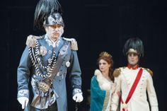 Il Re di Coppe con la principessa Ninette e il Principe © Copyright Michele Borzoni / TerraProject / Contrasto