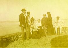 Princesa Isabel, conde d'Eu - viagem aos Países Baixos Princesa Isabel, conde d'Eu, Luís Felipe Gastão d'Orléans e outros em viagem aos Países Baixos. [1892].