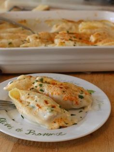 Food Wishes ~ Tuna ventresca stuffed shells covered in a béchamel fontina cheese sauce.  This looks amazing. I want to make this recipe. http://www.deliportugal.com/catalog/atum-62825