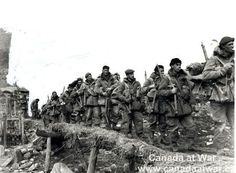 Troops of 'B' Company, Battalion, Princess Patricia's Canadian Light… King Company, Douglas Macarthur, World Conflicts, Mortal Combat, Canadian Army, Korean War, Historical Pictures, North Korea, Cold War