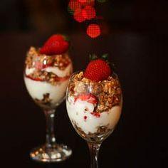 Strawberry Yogurt Parfait, Beautiful & Brimming with Healthy Goodness !!