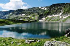 """Bulgaria, Rila Mountains, Lakes, Бъбрека от седемте рилски езера. Община Сапарева баня, съвместно със спортния клуб """"Чемпиънс Фактори"""" и """"Рила спорт"""" АД, изгражда велопарк в Рила планина, съобщиха от общината в Сапарева баня.   Паркът се намира непосредствено под Седемте рилски езера и ще бъде открит на 6 и 7 август 2016, на поляната при долната станция на лифта. http://trip.dir.bg/news.php?id=23370390"""