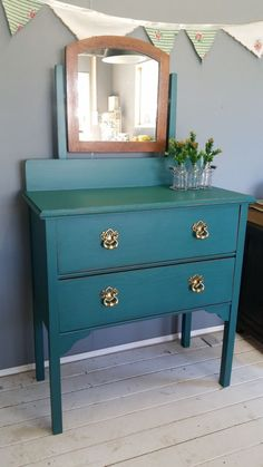 Duchess painted with Fusion Mineral Paint in Renfrew Blue