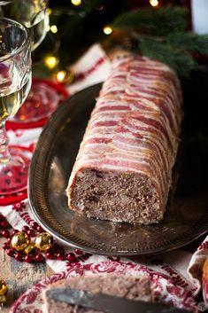 Paté de campaña, una receta para disfrutar en Navidad - Jaleo en la Cocina Vol Au Vent, Tapas, Catering, Sandwiches, Pork, Beef, Salty Snacks, Holiday Foods, Easy Food Recipes