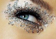 Amazing eyes makeup