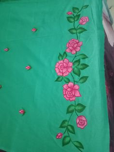 Zoom in ☝👁image of my hand painted suit 😘 Flower Designs For Painting, Saree Painting Designs, Fabric Paint Designs, Hand Embroidery Projects, Hand Embroidery Flowers, Embroidery Kits, Hand Painted Sarees, Hand Painted Fabric, Dress Painting