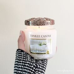 I love the smell of freshly laundered towels. I recently discovered Yankee Candle, an amazing scented candle brand from the US of A. One of their classic scented candles is…