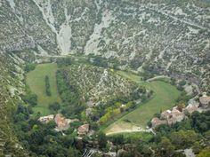 Site naturel classé - Situé entre les causses du Larzac et de Blandas, entre les départements du Gard et de l'Hérault, le cirque de Navacelles, classé…