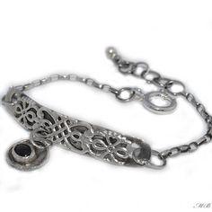Szafir Personalized Items, Bracelets, Silver, Jewelry, Bangles, Jewellery Making, Money, Arm Bracelets, Jewelery