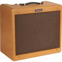 Grab a brilliant limited edition amp with this Fender Limited Edition Blues Junior in Lacquered Tweed at Andertons! Free UK Delivery!