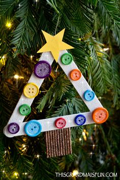 Merry Christmas, the holiday season is upon us! Making one or a few of these Craft Stick Christmas Tree Ornaments is a fun way to create a special memory with your grandchildren.