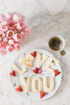 Valentine's Day breakfast in bed, anyone?