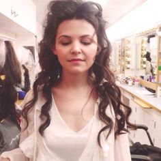 ginnifer goodwin hair on the set of once upon a time frick hair game so strong