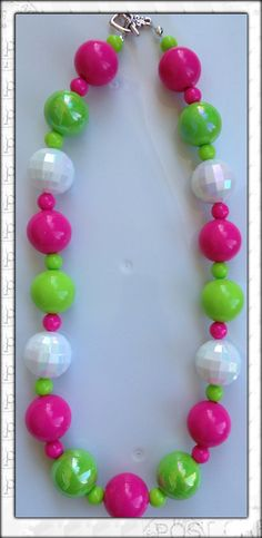 Chunky bubblegum bead necklace.