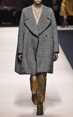 No. 21 Fall/Winter 2015 Trunkshow Look 1 on Moda Operandi